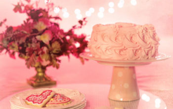 Experts in Fondant Cakes- Flora Cakes